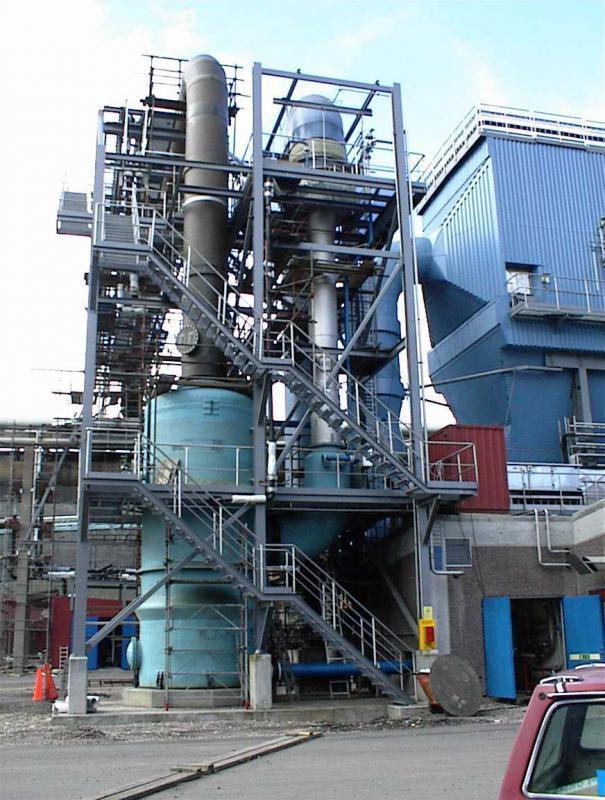 Controle de emissão de gases industriais